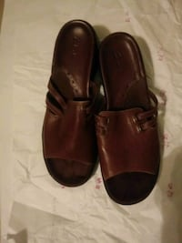 """""""New"""" clark brown leather Oakland"""