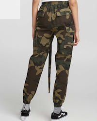 women's black and brown camouflage pants Québec, G1W 5B4