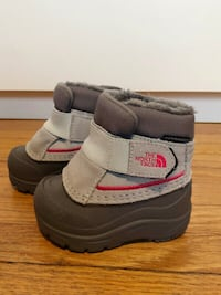 The North Face Alpenglow Baby Winter Boots Toronto, M5P 3K7