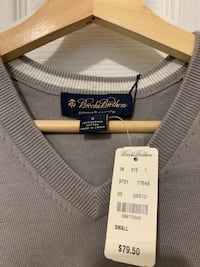 Brooks Brothers Sweater Size S Windsor, N8P 1Z6