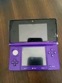 purple and black Nintendo 3DS San Diego, 92126