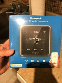 Smart wifi thermostat - brand new in box sealed College Park, 20742