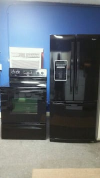 Black Whirlpool Stove And Refrigerator Combo Anniston, 36201