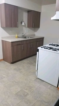 APT For Rent 2BR 1BA Milwaukee