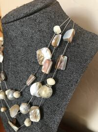 white and gray beaded necklace Oro Valley, 85755
