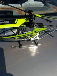 """Radio control helicopter read """"more info"""" Woodbury, 11797"""