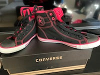 pink and black converse high tops size 5 Chesapeake, 23320