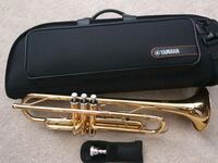 Yamaha Trumpet with soft case and music books. Woodbridge, 22191