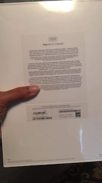 BNIB ipad 5th generation wifi+cellular Victoria, V8W 3C8