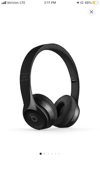 Brand new Beats solo 3 wireless-black