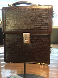 black and brown leather bag Longueuil, J4T 1H2