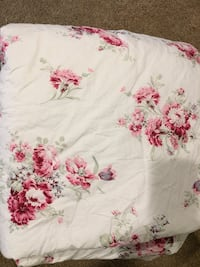 white and red floral textile Portland, 97229