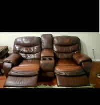 Leather recliner sofa and loveseat  Vienna, 22181