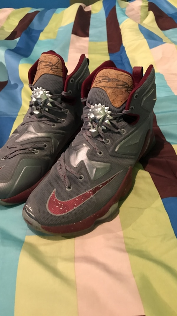 Lebron 13 size 8 mens Wine and Cork
