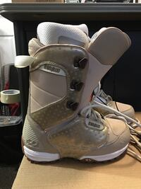 Women snowboard boots size 6.5  Were used only four times 591 mi