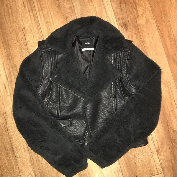 Urban outfitters BDG leather Sherpa jacket