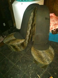 A pair of vintage high heels chairs Shreveport, 71106