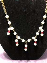 white and gold beaded necklace Brockton, 02302