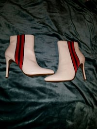 sexy white stiletto booties  size 8.5 Brand new with tags Philadelphia