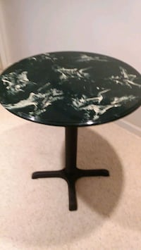 Round marble table Suamico