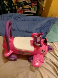 toddler's pink and purple ride on toy Philadelphia, 19132