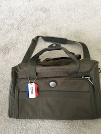 Travel bag, carry on, American Tourister, heavy duty, very good cond