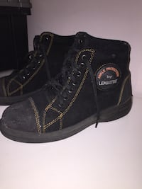 Womens Steel toe boots size 37 Dorval, H9P 2A7