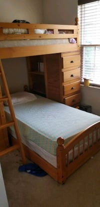 Wooden bunk bed with desk, shelves and drawers Abingdon, 21009
