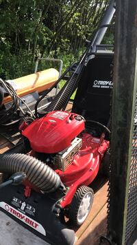Red and black toro push mower New Castle, 16101