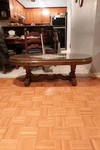 Coffee table and 2 matching end tables Vaughan, L6A 3Y4