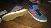 Size 9 1/2 Blue Adidas shoes Winnipeg, R3A