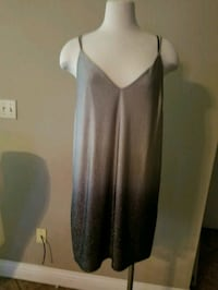 black and gray v-neck sleeveless dress Merced, 95348