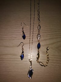Blue saphire necklace set with matching braclet