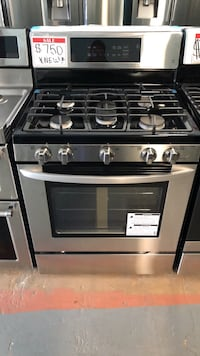 New LG stainless steel gas stove 10% off Reisterstown, 21136