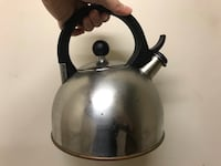 gray and black whistling kettle 伯克, 22015