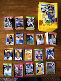 Approximately 400 Baseball Cards 1989 Donruss with box   Northport, 11768