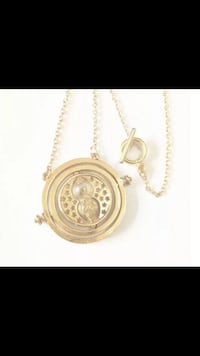 Harry Potter Time turner spinning hourglass necklace NEW Baldwin Park, 91706