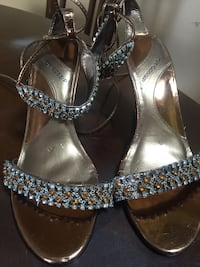 pair of silver-colored open-toe heeled sandals Nashville, 37013