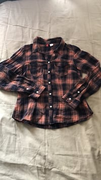 H&M Flannel Shirt (female: size small) Toronto, M1X 1S4
