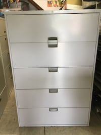 Steelcase 5-Drawer Lateral Gray File Cabinet w/1 key Clover, 29710