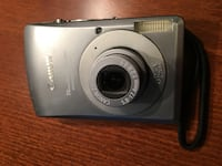 Canon Power shot SD 360 Digital w/Case, Charger Memory Cards and USB Cable Vienna