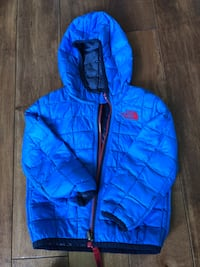 Northface reversible thermoball jacket 12-18 month size 36 km
