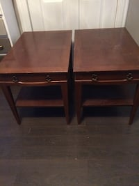 Pair of side tables  542 km