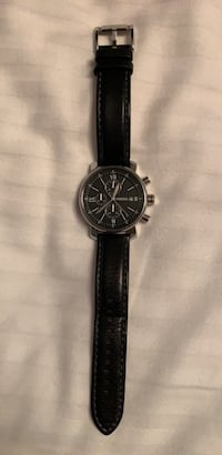 Black leather fossil watch 568 km