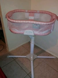 Pink Halo Bassinest its from 0-5 months only & has Bradenton, 34203