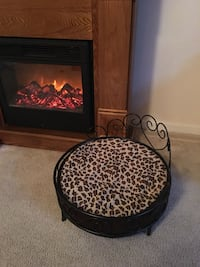 Deluxe Dog bed or cat bed Sterling