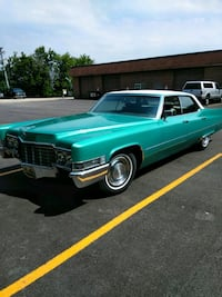69 Cadillac sedan deville Lake Barrington, 60010