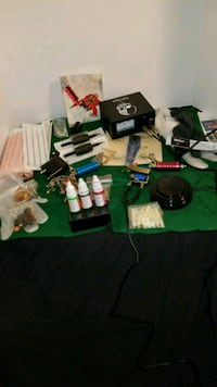 Whole tattoo kit w extras