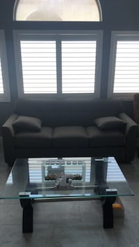 5 month old barely used couch with pillows included Las Vegas, 89143