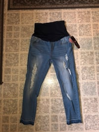 Maternity jeans Pflugerville, 78660